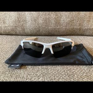 Oakley Flak 9188 Sunglasses White Prizm Polarized